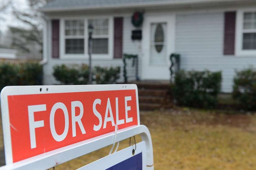 8 Tips for Selling YourHouse